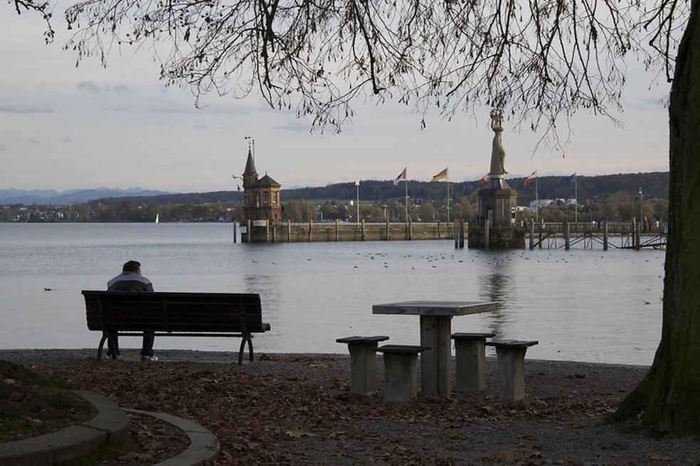 Cidade de Constança, na Alemanha, fronteira com a Suíça — Foto: Nouhailler/VisualHunt