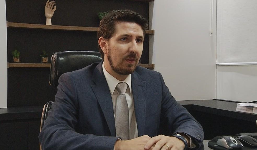 Juiz Vinicius Castrequini Bufulin, de Fernandópolis — Foto: Reprodução/TV TEM