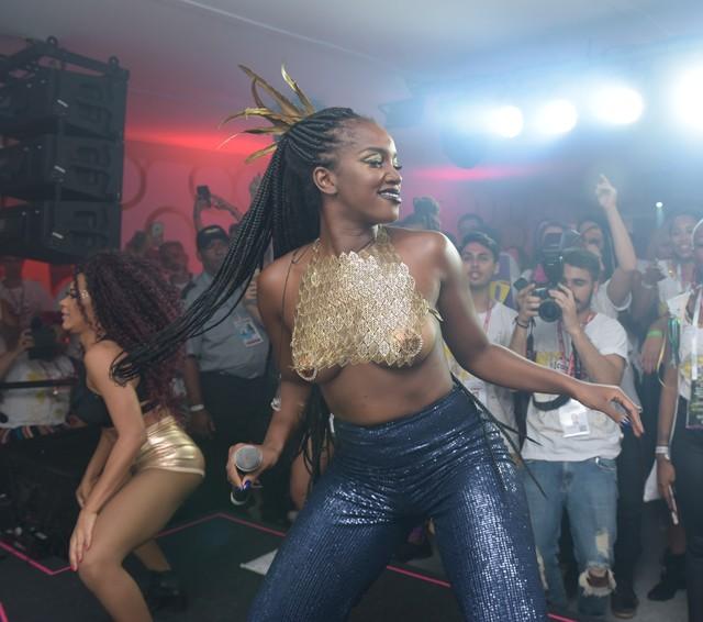 Iza, uma das atrações do Camarote Quem O Globo em 2018 (Foto: Selmy Yassuda)