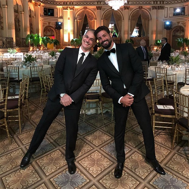 Cauã Reymond e Mario Canivello no evento da Brazil Foundation (Foto: Reprodução/Instagram)