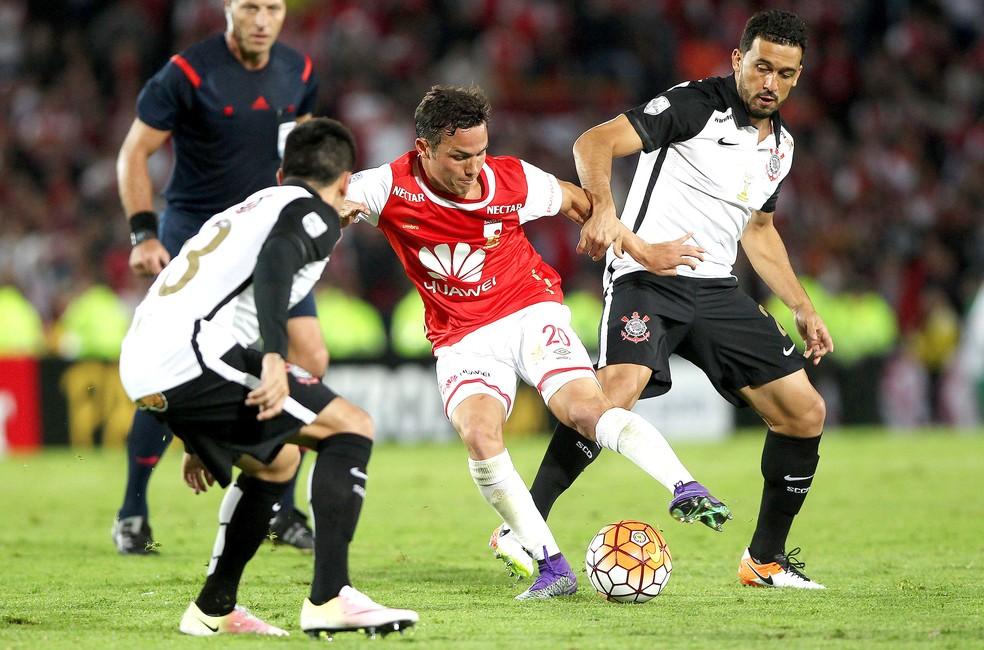 Após deixar o Inter, Seijas acerta volta para o Independiente Santa Fe
