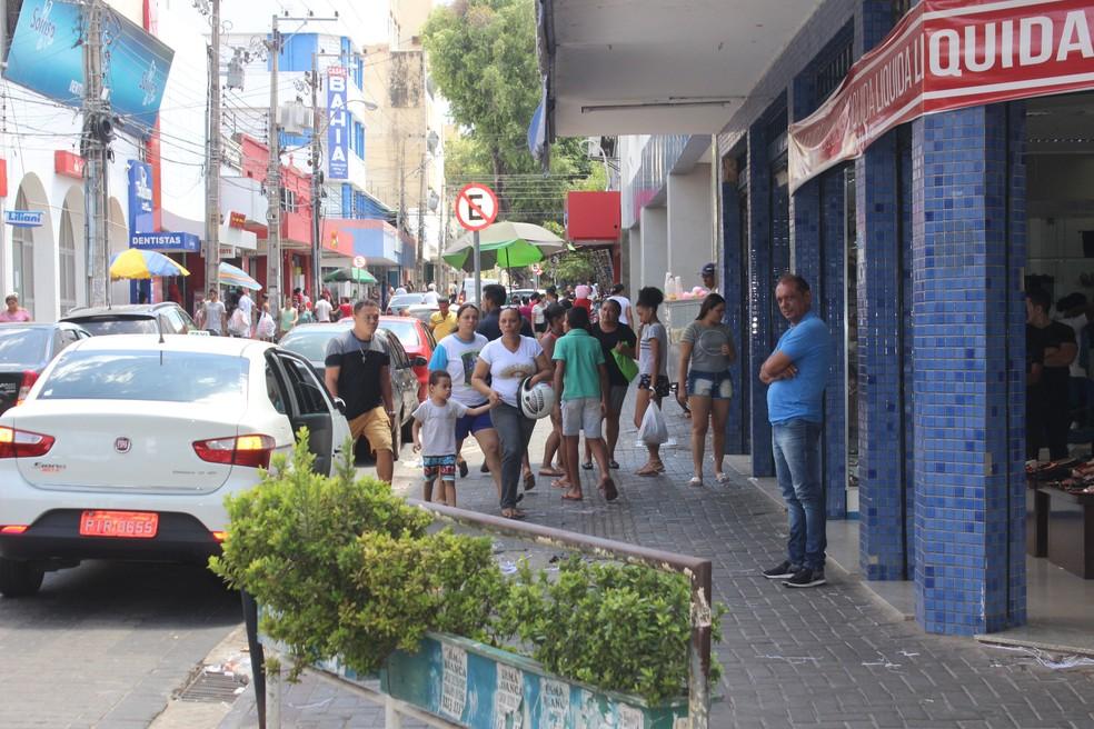 Centro de Teresina fica fechado durante o Carnaval (Foto: Lucas Marreiros / G1)