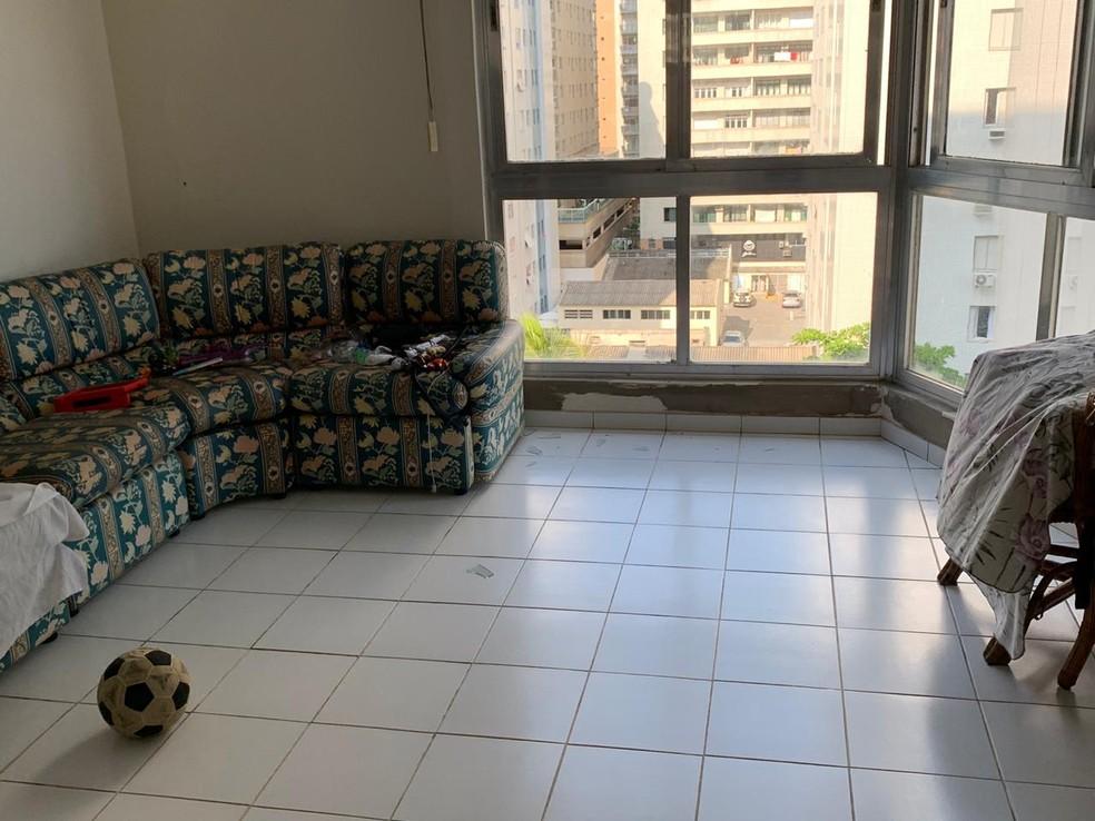 Apartamento onde família estava em Guarujá (SP) — Foto: Reprodução/Plantão Guarujá
