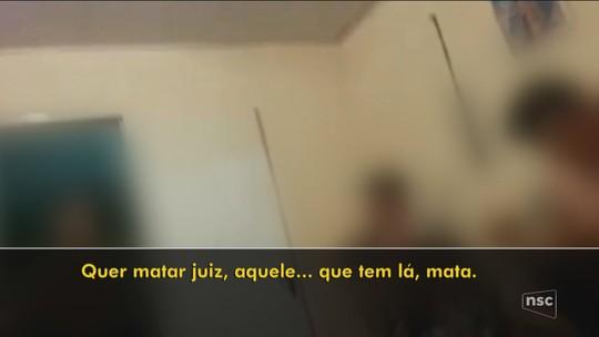 Polícia ouve 3 que aparecem em vídeo no qual PMs dizem que não tem problema matar juiz