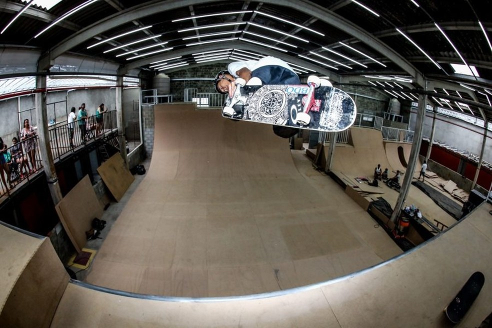 Pista indoor atende a diversas modalidades — Foto: Flavio Florido