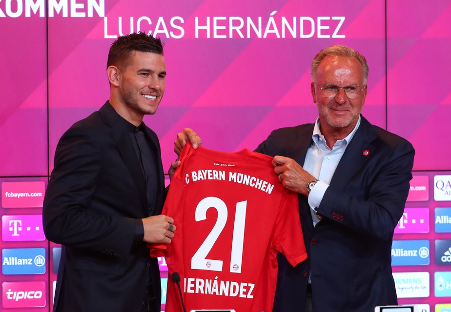 Bayern de Munique apresenta Lucas Hernández e aguarda