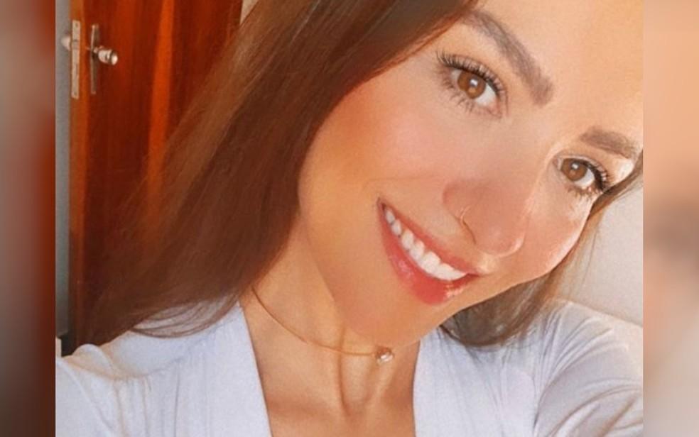 Amanda Pedrassa de Souza, de 35 anos, era modelo comercial e morreu em acidente de carro, em Anápolis — Foto: Reprodução/Instagram