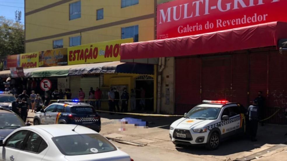 Homem é morto a tiros na Feira dos Goianos, em Taguatinga Norte — Foto: Arquivo pessoal