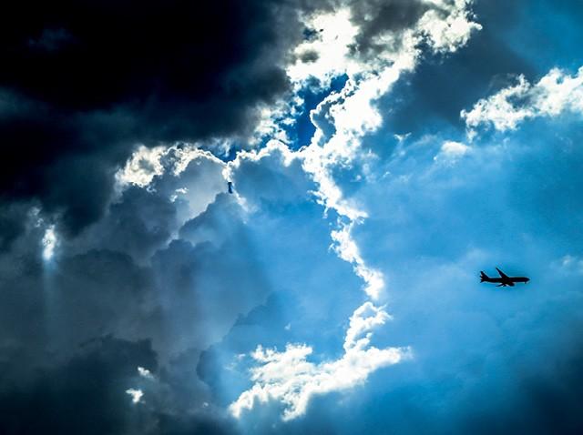 Num setor impiedoso com ineficiência, empresas de aviação tentam oferecer viagens mais rápidas, baratas, confortáveis e sustentáveis (Foto: Getty Images)