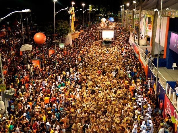 Ilê Aiyê desfila pelo circuito do Campo Grande, em Salvador (Foto: Sérgio Pedreira/Ag. Haack)