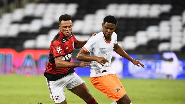 Com golaço nos acréscimos, Flamengo vence o Nova Iguaçu no Maracanã