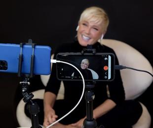 Xuxa em entrevista para o 'Altas horas' | Divulgação