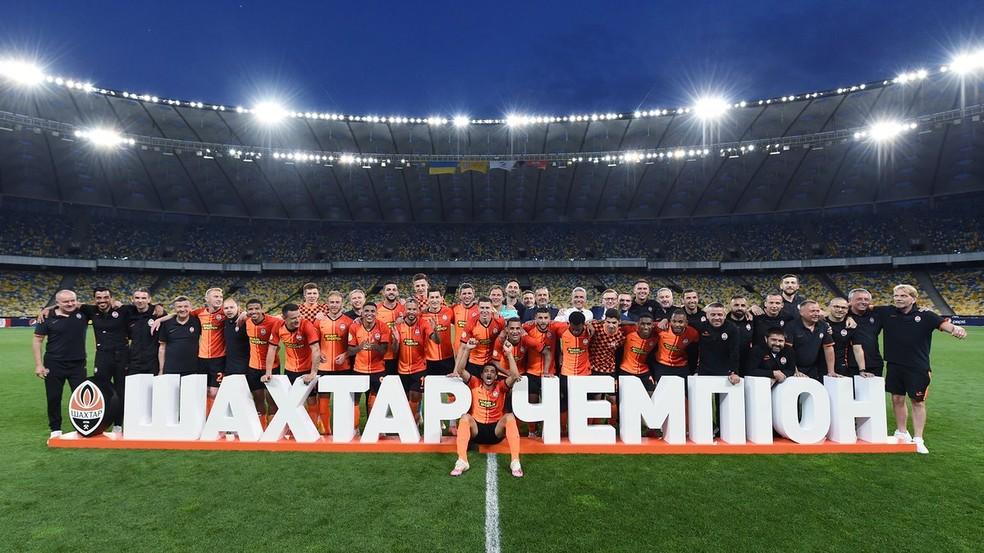 Com muitos brasileiros, Shakhtar foi campeão ucraniano pela quarta vez seguida — Foto: Reprodução/Twitter