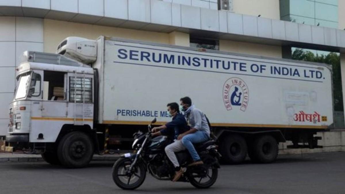 Presidente do Instituto Serum diz que tem pedido para priorizar Índia e pede que outros países 'tenham paciência' para receber vacina