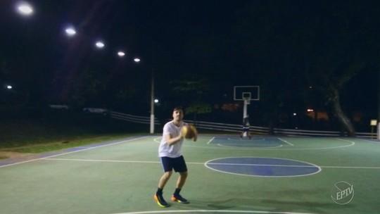 Da camisa 8 à relação com Magic Paula, basquete conecta família de Vitor Benite