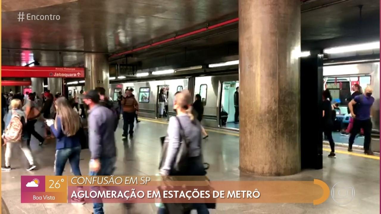 Aglomeração em estações de metrô em SP