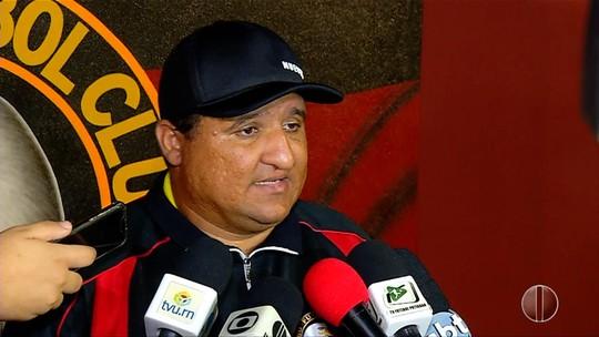 Técnico do Globo FC comemora vitória sobre o Remo e evolução na Série C