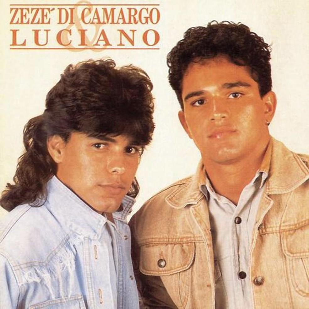 Capa do álbum 'Zezé Di Camargo & Luciano', de 1991 — Foto: Reprodução