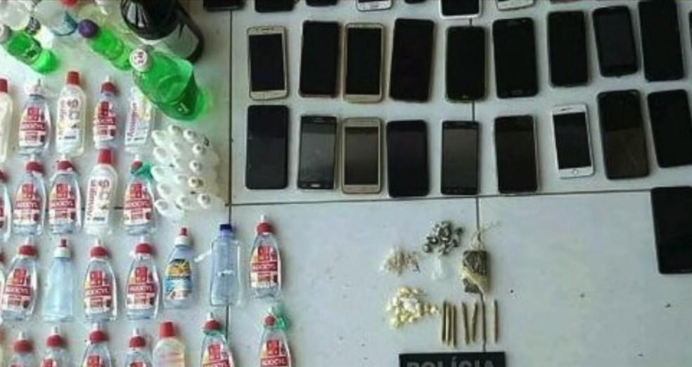 Drogas também foram apreendidas na festa em Santa Cruz — Foto: Cedida