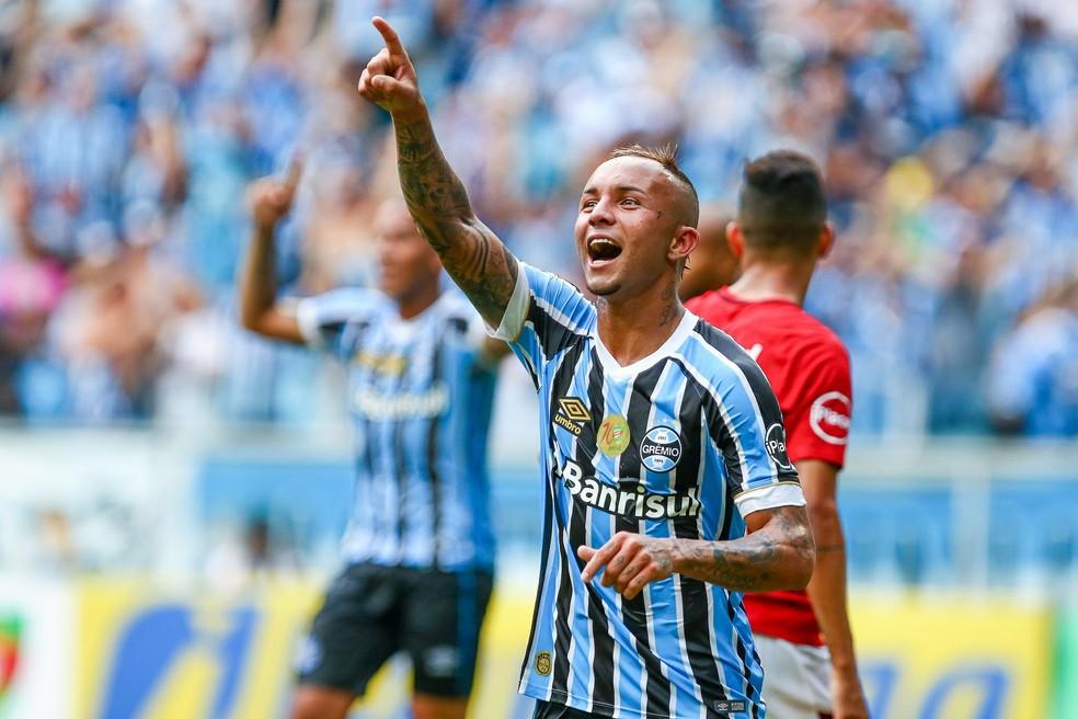 """Everton ganha status de """"cara da vez"""" no Grêmio (Foto: Lucas Uebel/Divulgação Grêmio)"""