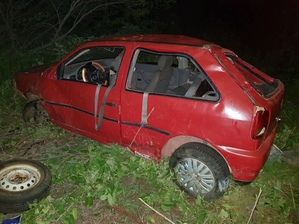 Acidente aconteceu por volta das 2h15 em Angicos, na região Central potiguar (Foto: PRF/Divulgação)