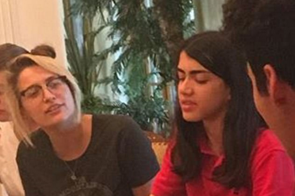 O jovem Blanket, caçula de Michael Jackson, em uma foto rara compartilhada por sua irmã, Paris Jackson (Foto: Instagram)