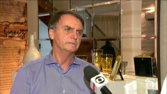 Bolsonaro recebe representantes da indústria e diz que, se eleito, investirá em saneamento