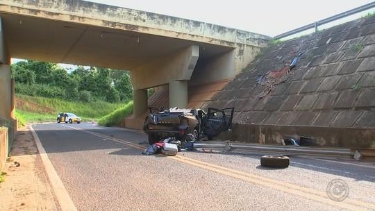 Veículo do prefeito de Dirce Reis cai de ponte e deixa um morto na rodovia Washington Luís
