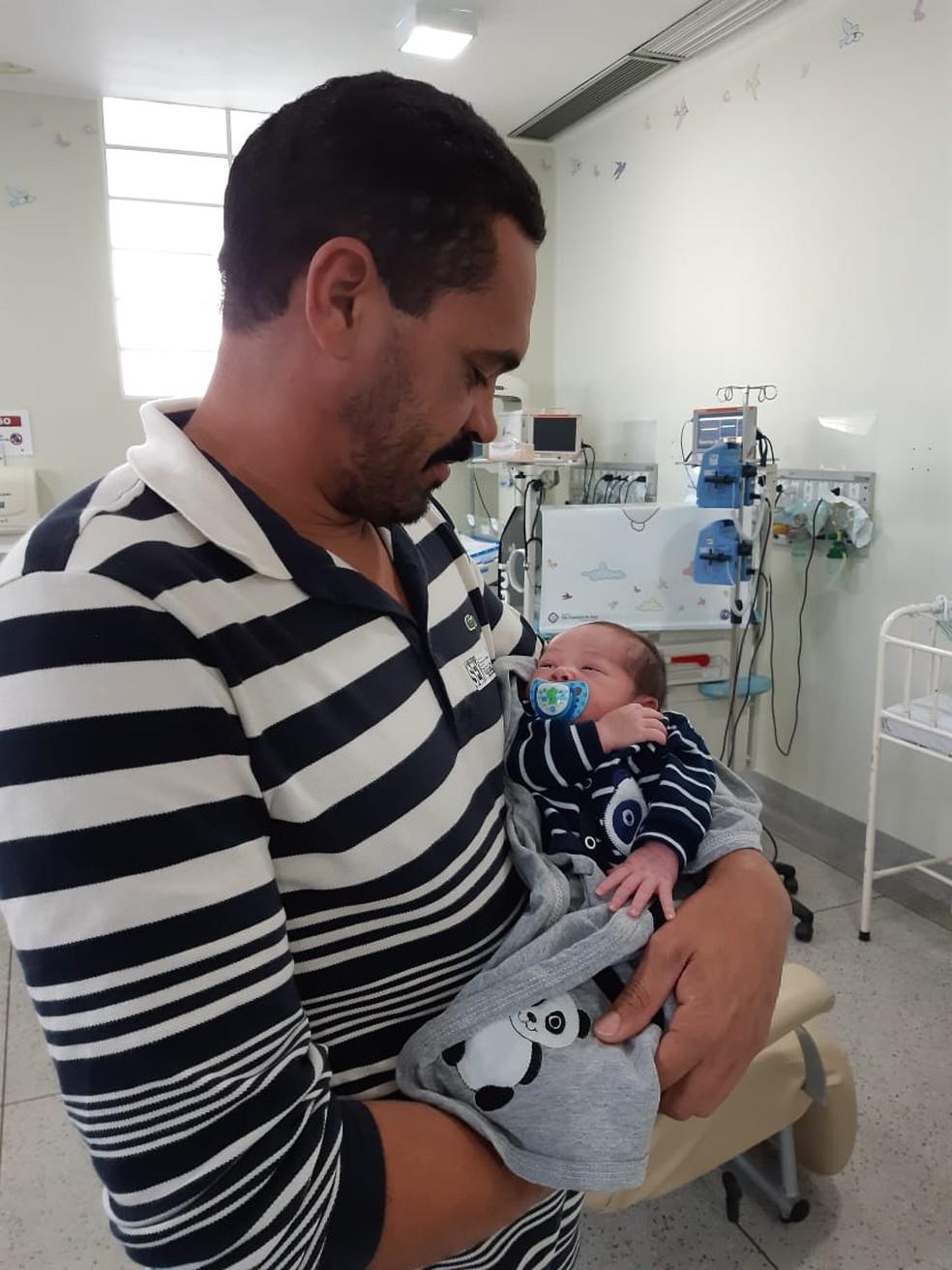 Bebê de grávida que morreu de dengue em Ilhabela recebe alta. — Foto: Divulgação/Hospital São Francisco