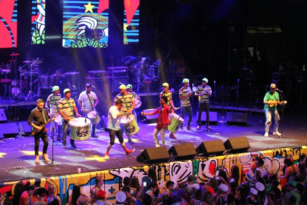 Baile Municipal 'A taça do Mundo é nossa' é realizado em Belo Jardim