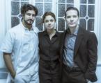 Alice (Sophie Charlotte) entre Renato (Renato Góes) e Vitor (Daniel de Oliveira) | Globo/Mauricio Fidalgo