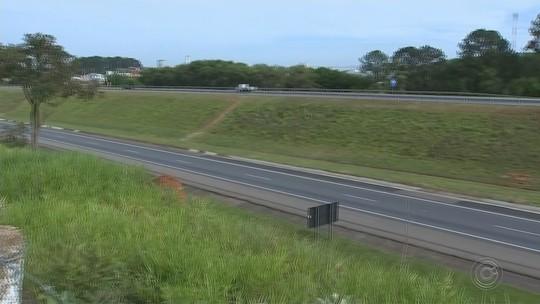Morre paraquedista que caiu às margens de rodovia em campeonato de quebra de recorde