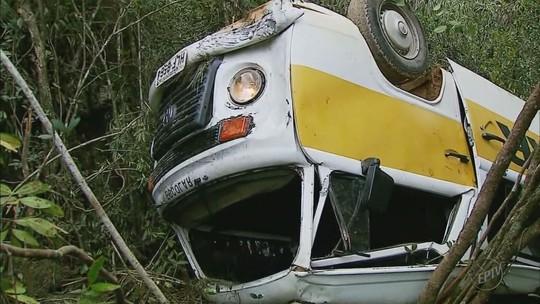 Criança ferida em acidente com Kombi escolar em MG diz que alunos estavam sem cinto de segurança