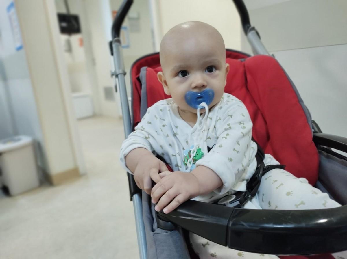Famosos apoiam campanha para tratamento de bebê com leucemia nos Estados Unidos