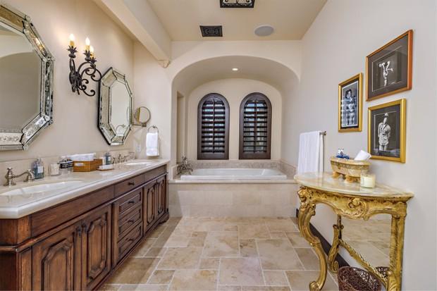 Sylvester Stallone tenta vender mansão no deserto há 9 anos (Foto: Divulgação)
