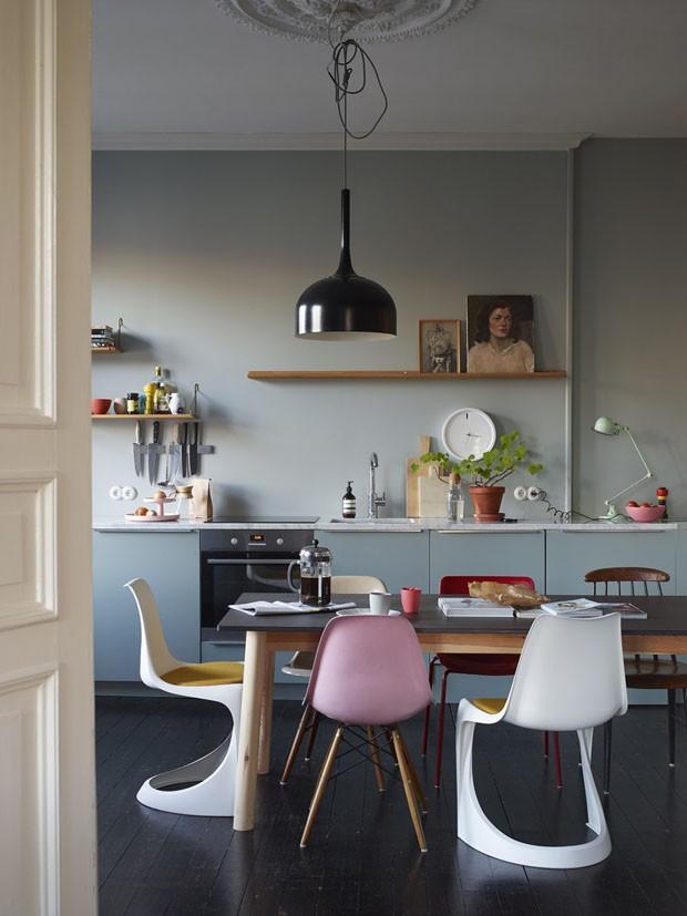Décor do dia: cozinha em tons de azul e toques vintage (Foto: Reprodução/Divulgação)