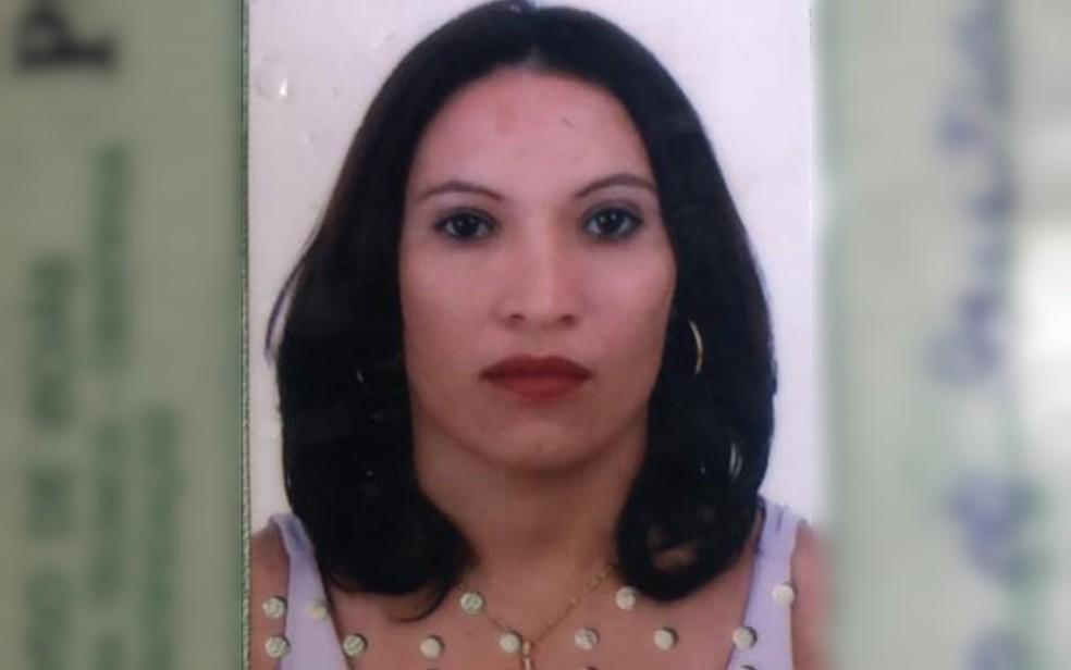 Francisca Alves de Sousa, que foi morta em Hidrolândia e teve corpo deixado na GO-139 — Foto: Divulgação/Polícia Civil