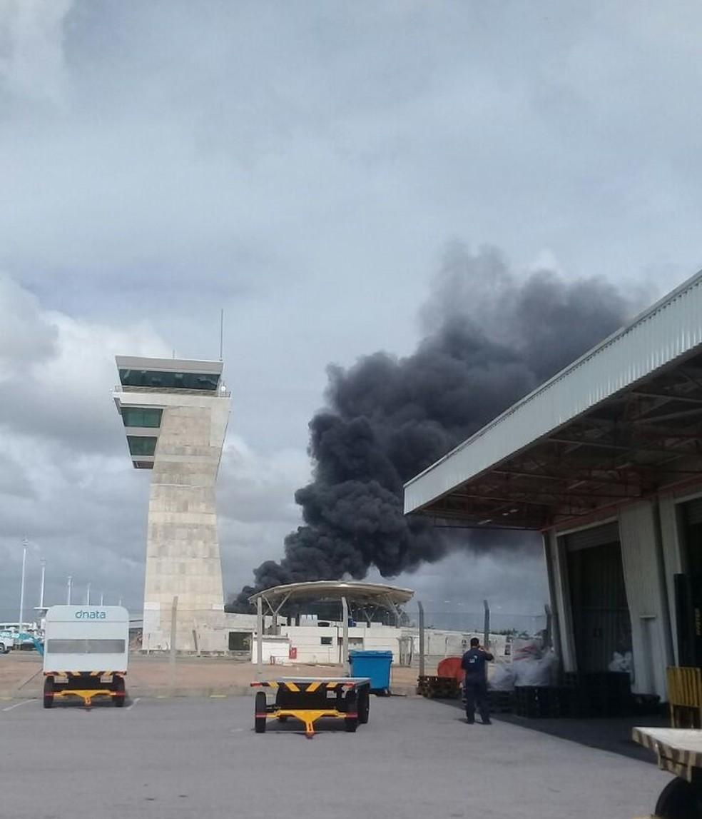 Incêndio aconteceu neste sábado (28) no Aeroporto de Natal  (Foto: Cedida)