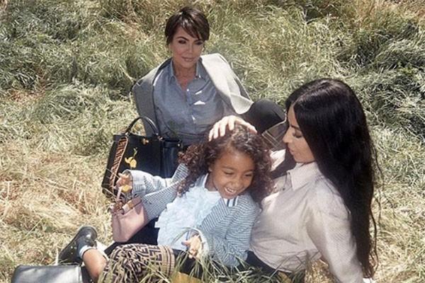 Kris Jenner, Kim Kardashian e North West (Foto: Instagram )