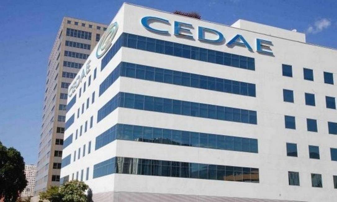 Fachada do prédio da Cedae