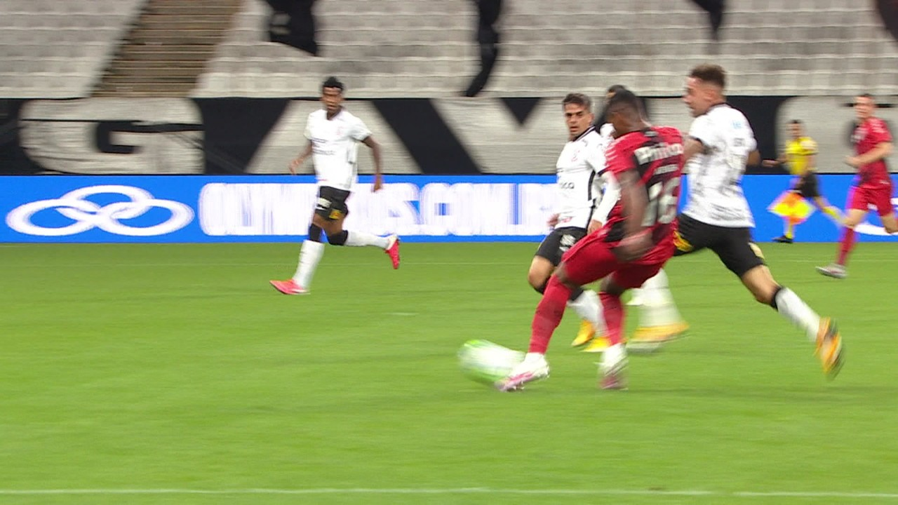 Gol do Athletico-PR! Abner Vinícius recebe bela bola e solta uma bomba para marcar, aos 13' do 1T