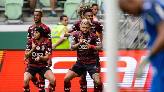 6 treinadores já foram demitidos este ano após ser derrotado pelo Flamengo