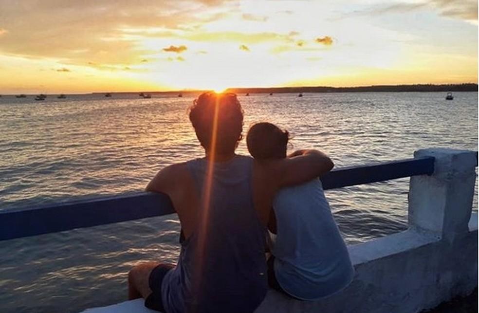 Uma das paradas do casal em Alagoas foi no Pontal de Coruripe — Foto: Reprodução/Instagram