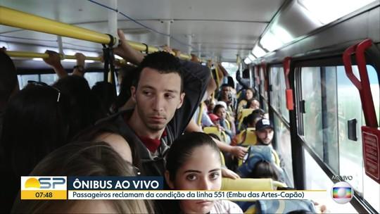 Passageiros de Embu das Artes reclamam de condições de linhas e ônibus