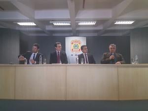 Operação, Polícia Federal, fraude, bolsas, UFRGS, PhD, coletiva, delegados (Foto: Igor Grossmann/G1)