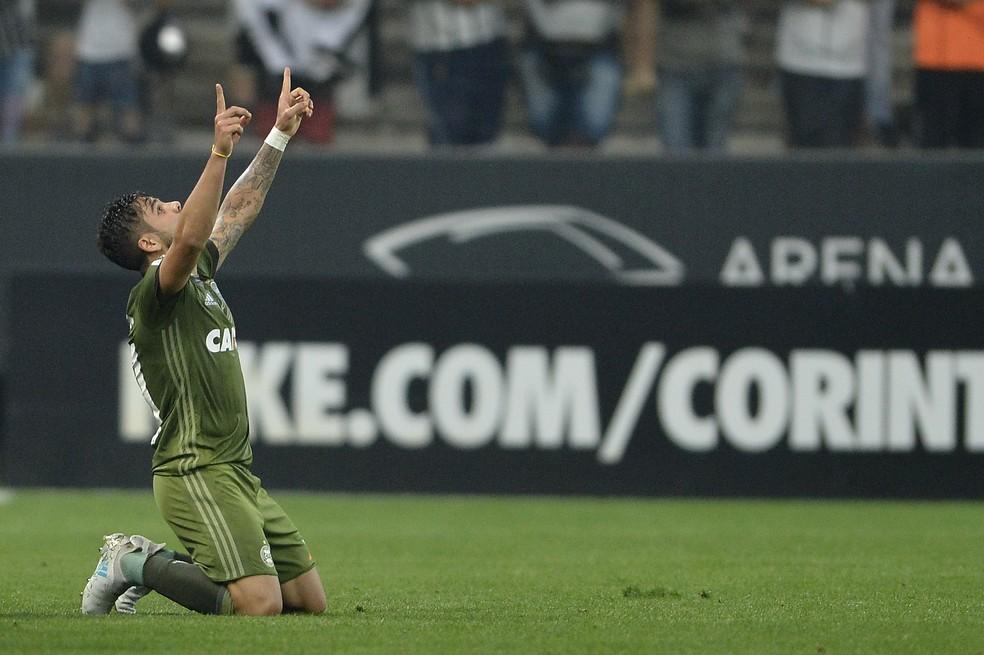 Henrique Almeida deve defender o Vasco em 2018 (Foto: Mauro Horita)