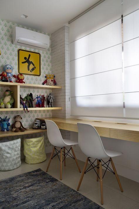 No projeto da arquiteta Bianca da Hora, a bancada foi criada com várias gavetas, deixando o material à mão e a bancada 100% livre (Foto: Bianca da Hora)