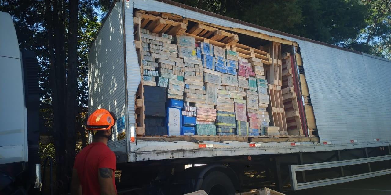Apreensão de 8 toneladas de maconha em rodovia do interior de SP é a maior do estado, diz polícia