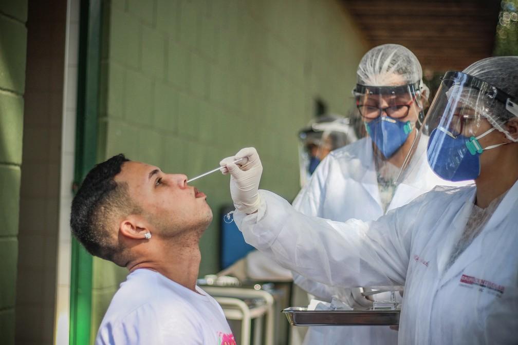 Profissionais envolvidos estavam devidamente paramentados  — Foto: David Oliveira/Guarani FC