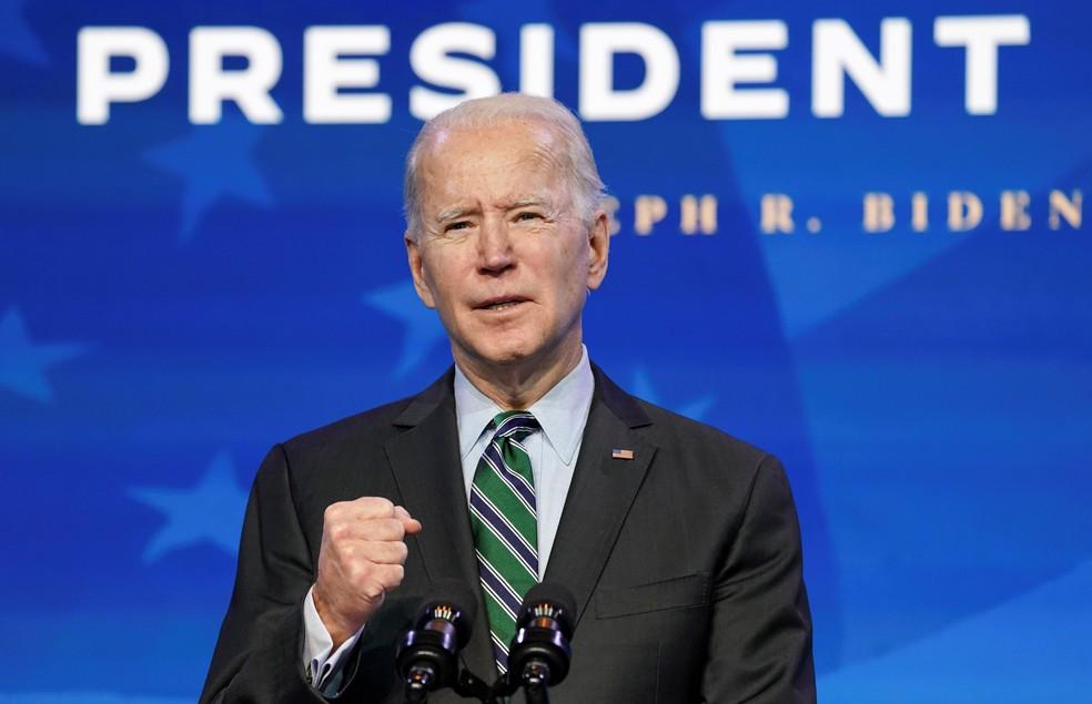 Joe Biden durante anúncio de parte de sua equipe, em 16 de janeiro de 2021 — Foto: Kevin Lamarque/Reuters